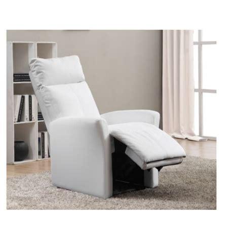 vente unique fauteuil relax magda en simili blanc