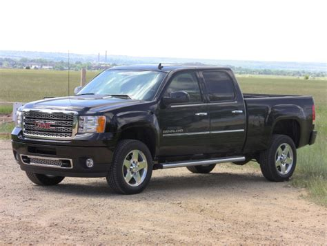 car engine manuals 2011 gmc sierra 1500 lane departure warning throwback thursday 2011 gmc sierra 2500 hd denali diesel luxury the fast lane truck