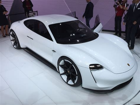 porsche mission e charging porsche s 800 volt fast charging for electric cars why it