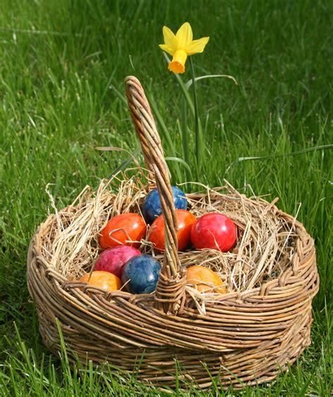 east egg file eastereggs ostereier jpg wikimedia commons