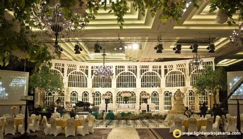 Wedding Organizer Garden Jakarta by The Glass House Wedding Lightworks