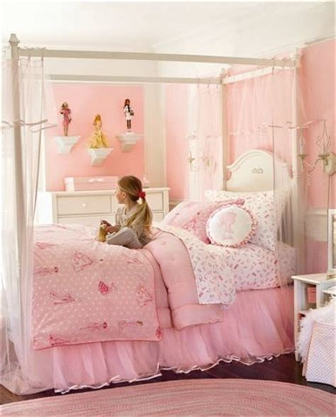 12 ideas to make a comfortable bedroom pretty designs 165 best images about decor barbie on pinterest pink