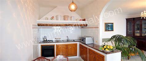 cucina soggiorno con arco ritorna al passato splendore un autentico borgo medioevale