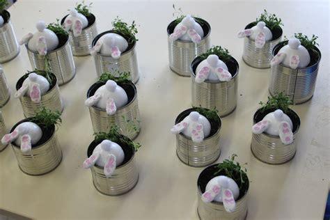 pot de fleur plastique 3983 une boite de conserve de r 233 cup une demi boule de