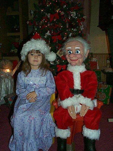 funny santa pictures awkward bad santa