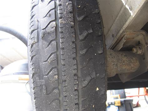 boat trailer tires wearing unevenly trailer tires