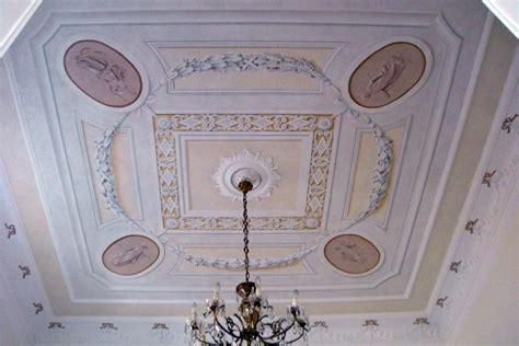stucchi soffitto stucchi soffitto genova idee creative su interni e mobili