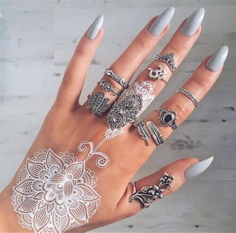 Henna Designs For Nails