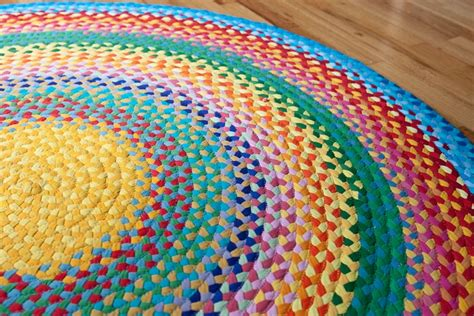 How To Make Handmade Carpets - how to turn useless clothes into rugs
