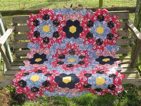 Patchwork Hexagon - hexagon patchwork quilt