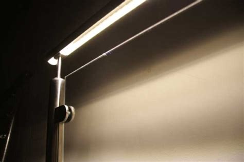 beleuchtung im handlauf led gel 228 nder edelstahlgel 228 nder mit led beleuchtung