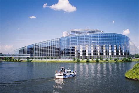 siege parlement europeen le si 232 ge du parlement europ 233 en de strasbourg est non