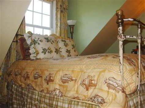 decorating with antiques decorating with antiques