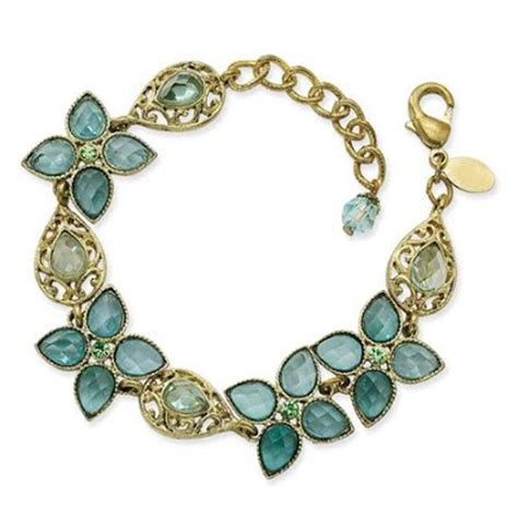 costume jewelry choosing your jewelry style fashion costume jewelry