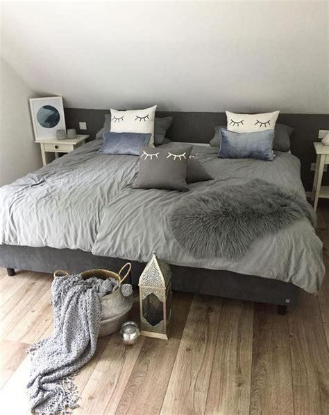 schlafzimmer graues bett die besten 25 graues bett ideen auf graues
