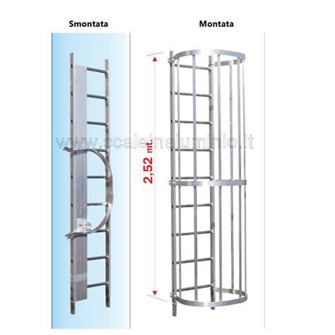 scala a gabbia scala con gabbia di protezione modulo intermedio s