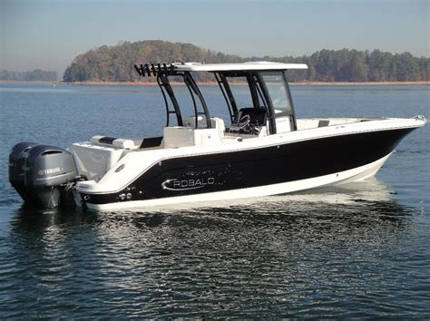 2017 Robalo CC R302   29 foot 2017 Robalo Motor Boat in