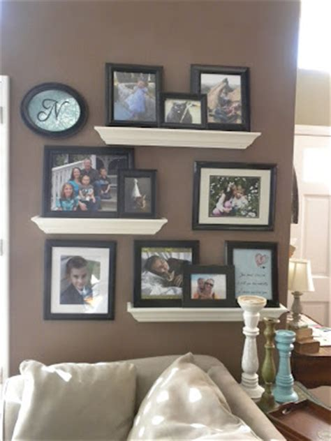 living room display shelves discover and save creative ideas redroofinnmelvindale com floating shelves picture display i like the white shelves