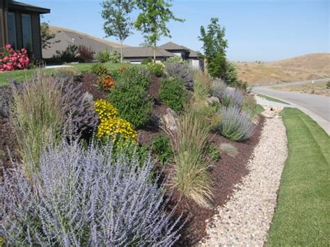 Hillside Garden Ideas Hillside Landscape Design Ideas Great Hillside Landscaping With Hillside Landscape Design Ideas
