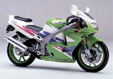 Kawasaki 250 Cc by バイク Kawasakiが250ccの4気筒エンジンを製作 Zxr250が出る カスタムライフ