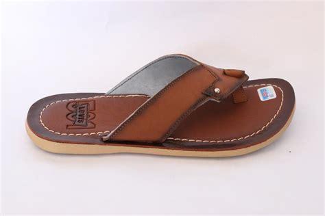 Harga Sandal Levis jual sandal kulit flats pria mbn s 46 levis win leather