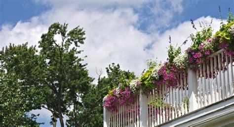 vasi da ringhiera fioriere per balconi