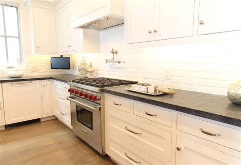 painted brick backsplash cape cod inspired cottage home bunch interior