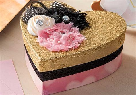 Decoupage Gifts - decoupage gift box