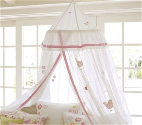 chatham canopy bed pb teen girl s fave s pinterest pottery barn kids new bird and flower applique canopy