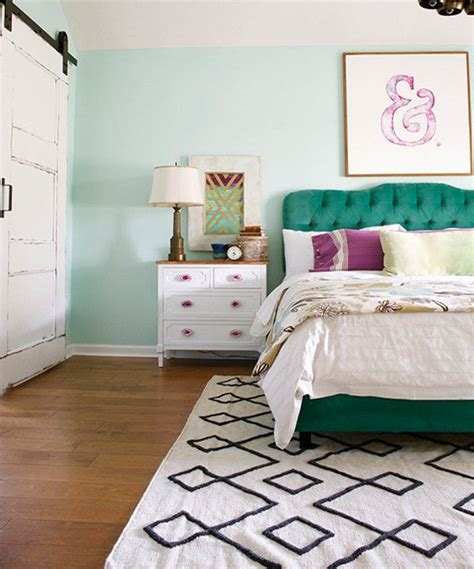 mint green bedroom best 25 mint bedroom walls ideas on
