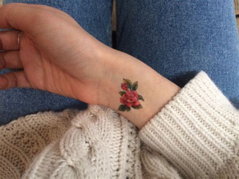 35 tiniest small tattoos best tattoo ideas gallery