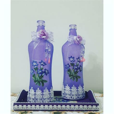 garrafa de vidro decorada com renda mariazinha atelier