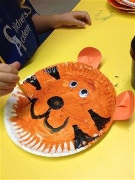 Tiger Paper Plate Craft - 1000 images about t is for on crafts