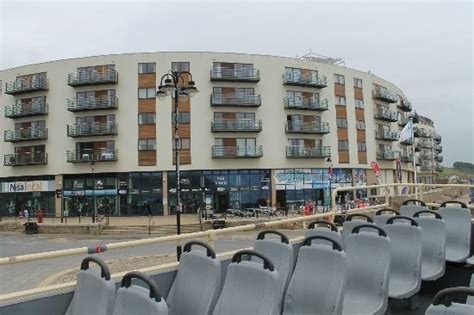 scarborough appartments the sands apartments and the local shops picture of the