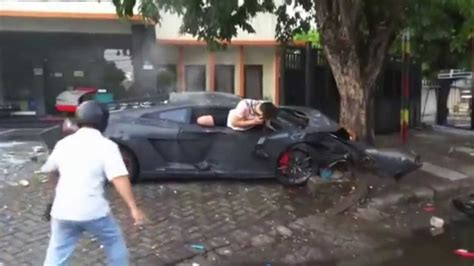 fatal lamborghini crash lamborghini gallardo super crashes accident compilation in
