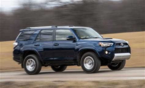Four Runner Toyota 2016 Toyota 4runner Review Car And Driver