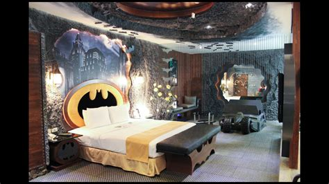 batman bedrooms rest or fight crime in this batman themed hotel room nerdist