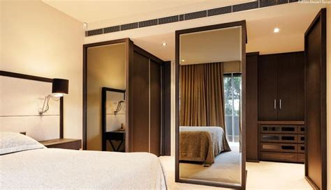bedroom with dressing room best 25 dressing room mirror ideas on pinterest