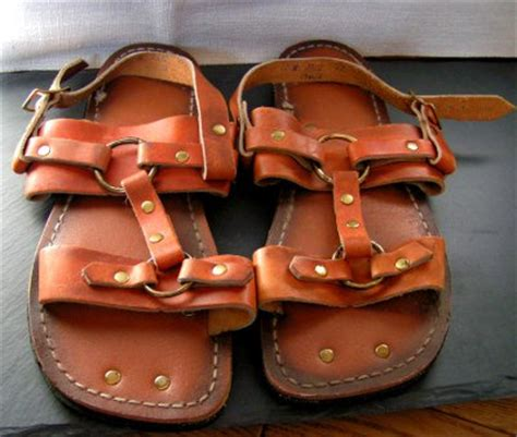 tire tread sandals vtg 70s nos mens 12 leather hippie sandals w tire tread soles
