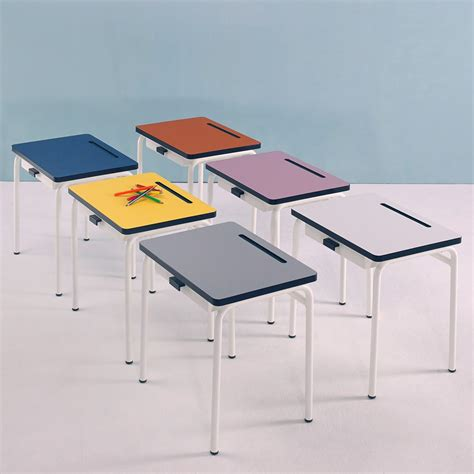 le bureau enfant bureau enfant r 233 gine gris les gambettes mobilier