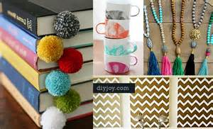what can i sell from home 75 brilliant crafts to make and sell diy