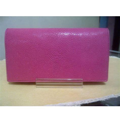 Dompet Cantik Untuk Wanita Blba930 dompet wanita kulit ikan pari standar warna pink kerajinan kulit ikan pari
