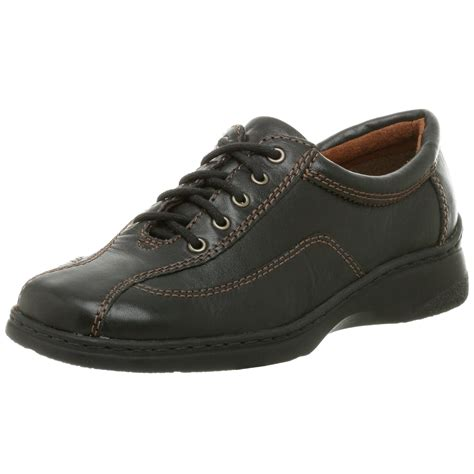 naturalizer oxford shoes naturalizer naturalizer womens demetri oxford in black lyst