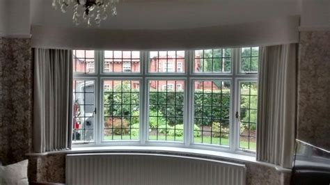 curtains for curved bay windows bay window curtain pelmets
