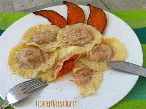 tortelli mantovani di zucca tortelli di zucca ricette di cucina il cuore in pentola