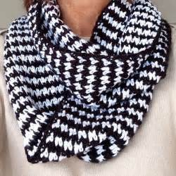 Houndstooth Infinity Scarf Houndstooth Infinity Scarf Crochet