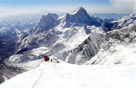film everest schweiz climbing mount everest the world s highest mountain