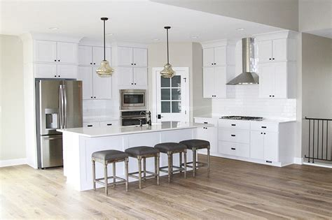 Farmhouse Floors Oakstone Homes Modern Farmhouse Hallmark Floors Alta Vista Floors