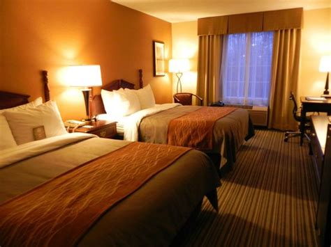 hotel rooms with inside inside hotel room picture of comfort inn at the park hershey tripadvisor