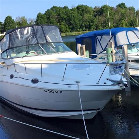 used boats for sale in ludington mi 1999 cruisers 2870 28 foot 1999 motor boat in ludington
